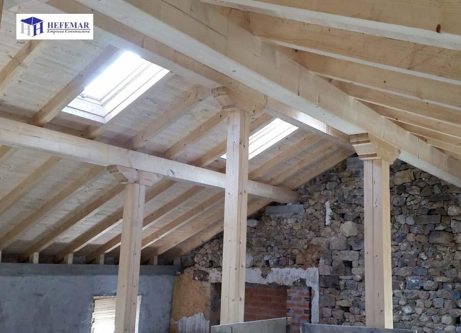 Estructuras de madera hefemar for Tejados de madera en cantabria